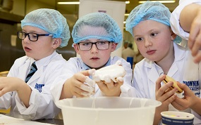 Pupils from Onthank and Galston Primary Schools launch Scottish Baker of the Year Competition